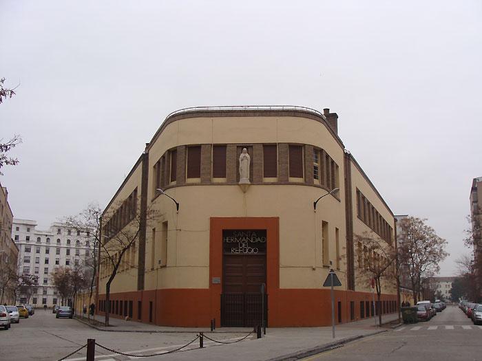 Edificio de la Santa Hermandad del Refugio en Zaragoza